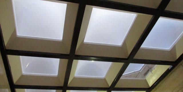 سقف حیاط خلوت متحرک