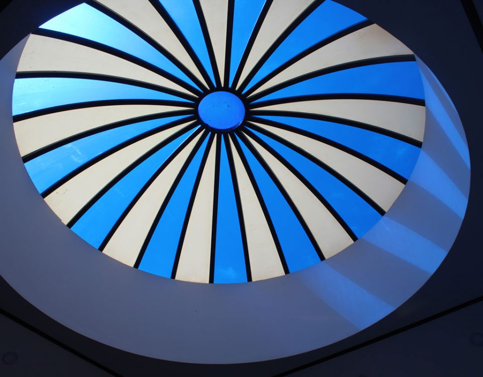 سقف نورگیر گنبدی